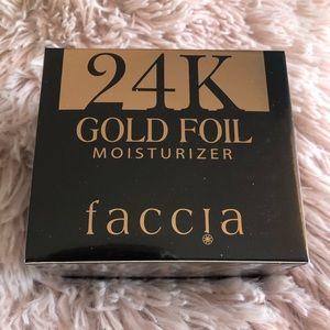 Faccia 24k Gold Foil Moisturizer